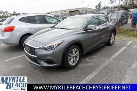 Pre-Owned 2018 INFINITI QX30 Base